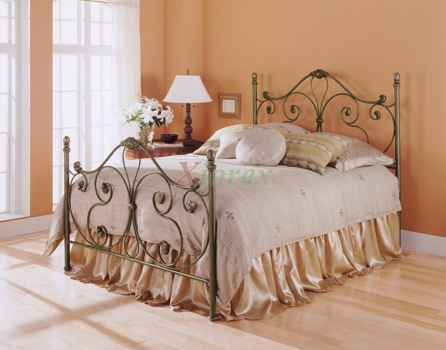 Aynsley Bed - Poster Bed in Majestique Finish by Fashion Bed ...