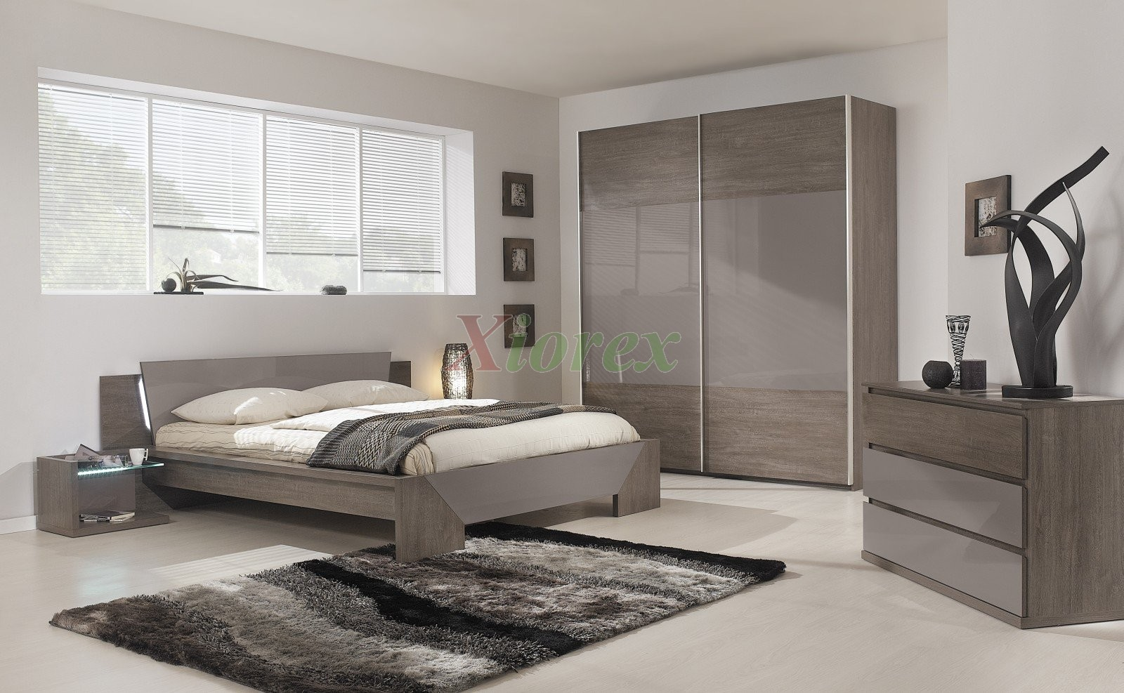 Attractive Modern Bed Gami Trapeze Bed Set Modern Bedroom Set Ash Grey Oak | Xiorex ...