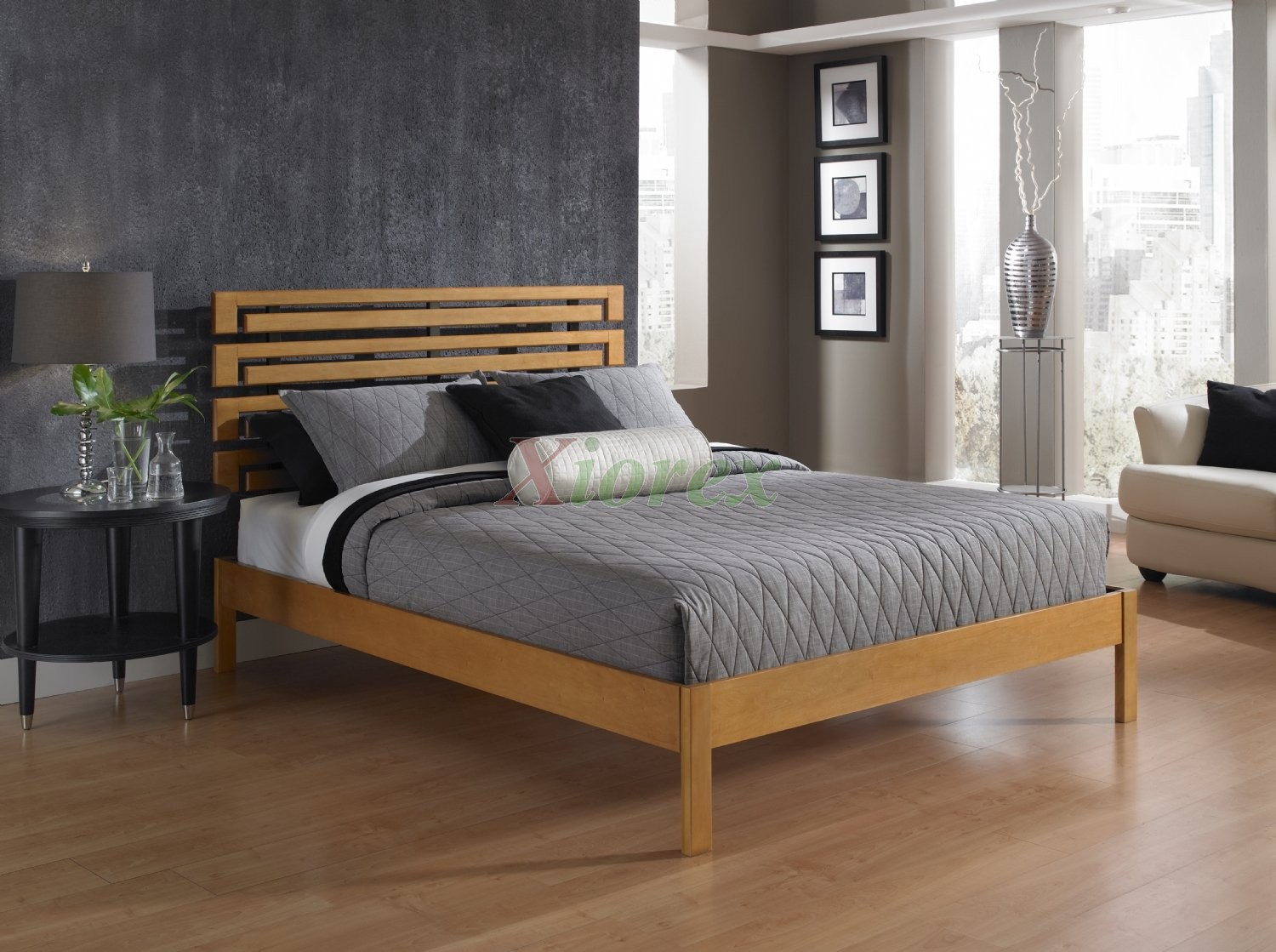 Meridian Rosie White Contemporary Platform King Bed In