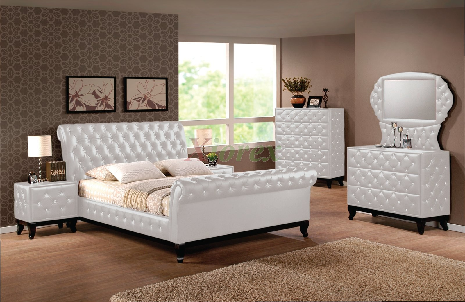 Upholstered sleigh platform bedroom furniture set 151 xiorex for White bed set furniture